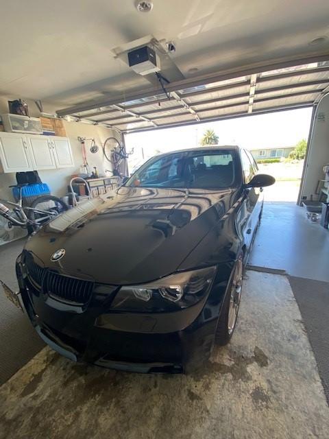 BMW garage.jpg
