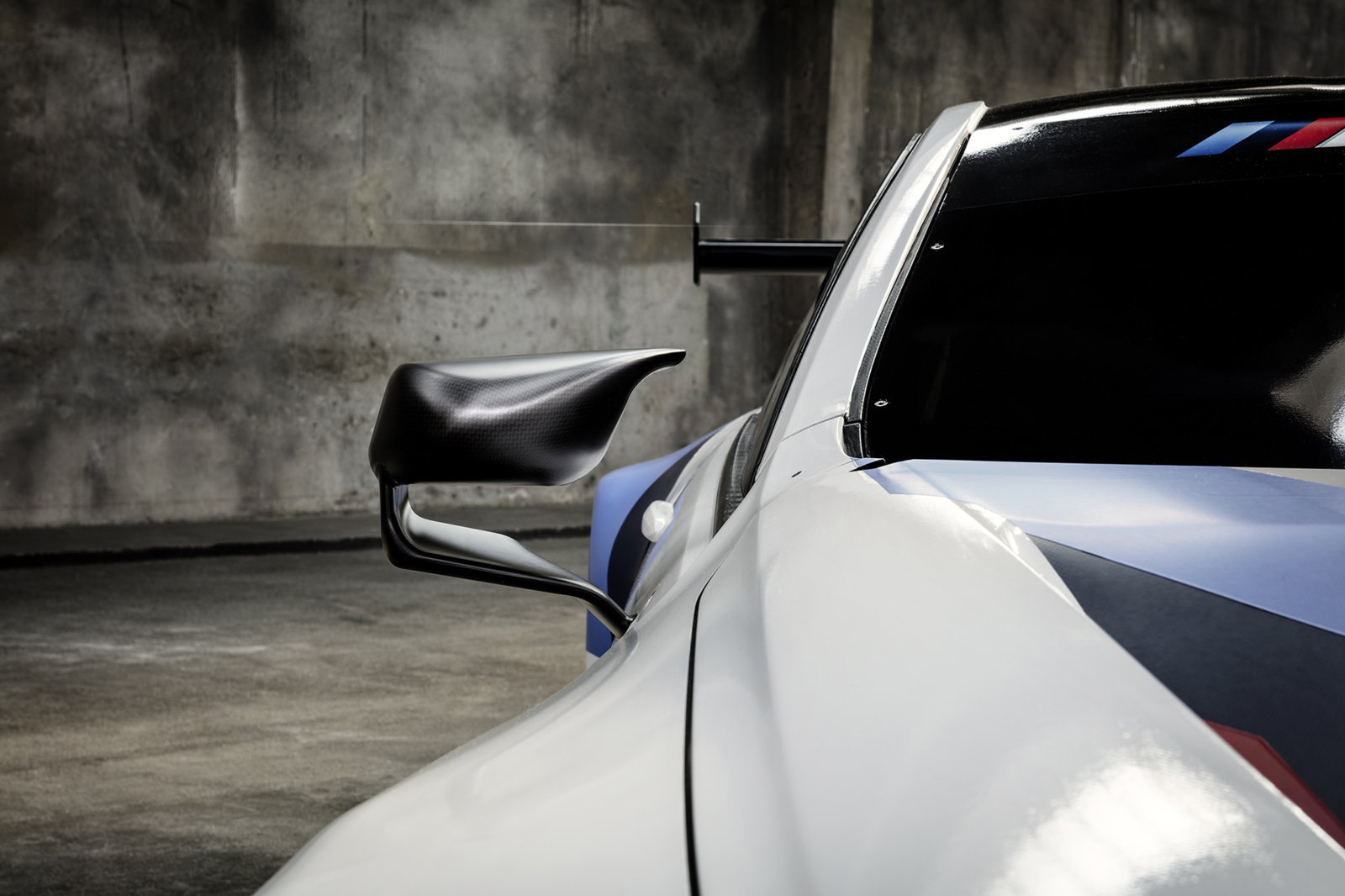 BMW-M8-GTE-10.jpg
