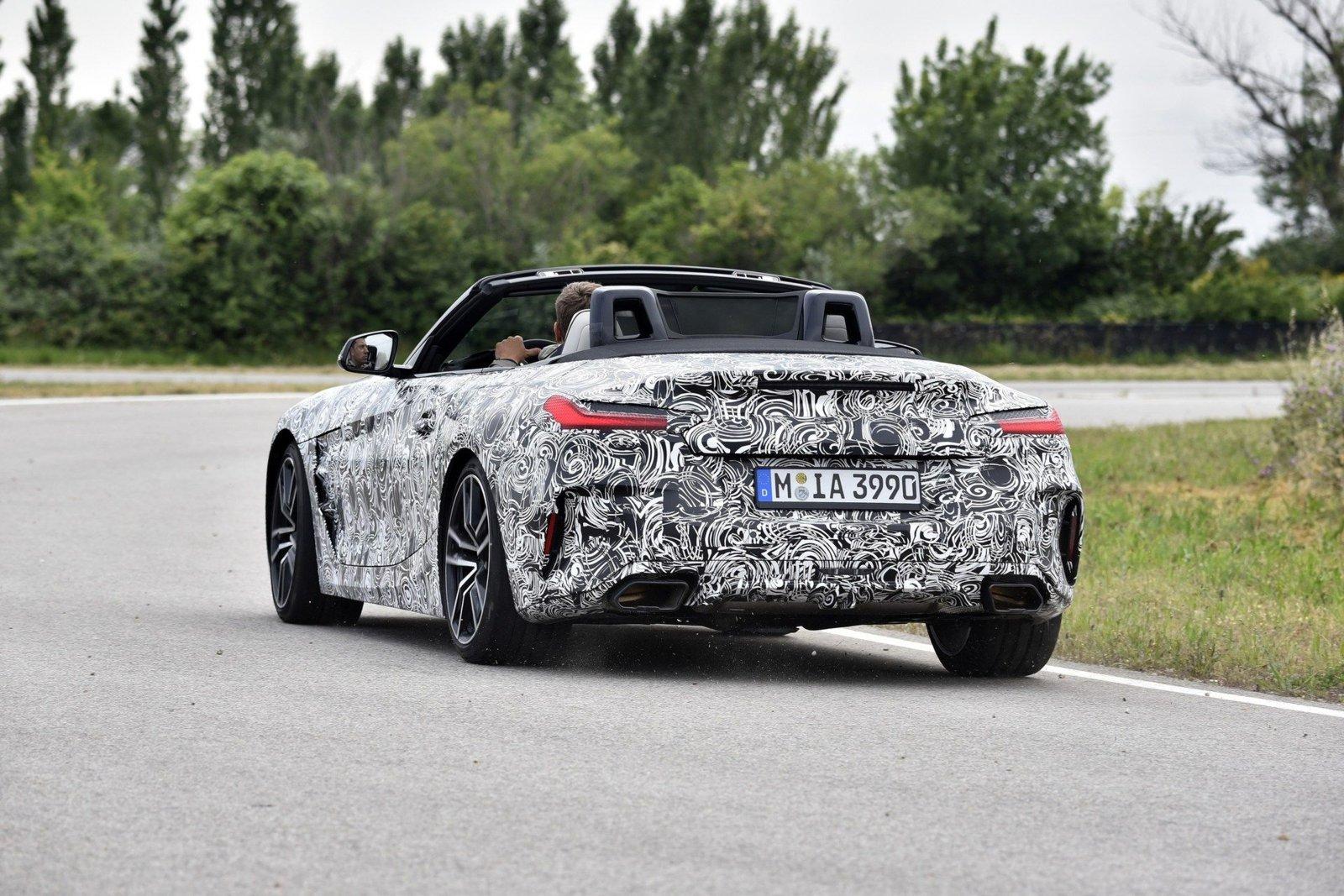 BMW-Z4-2.jpg
