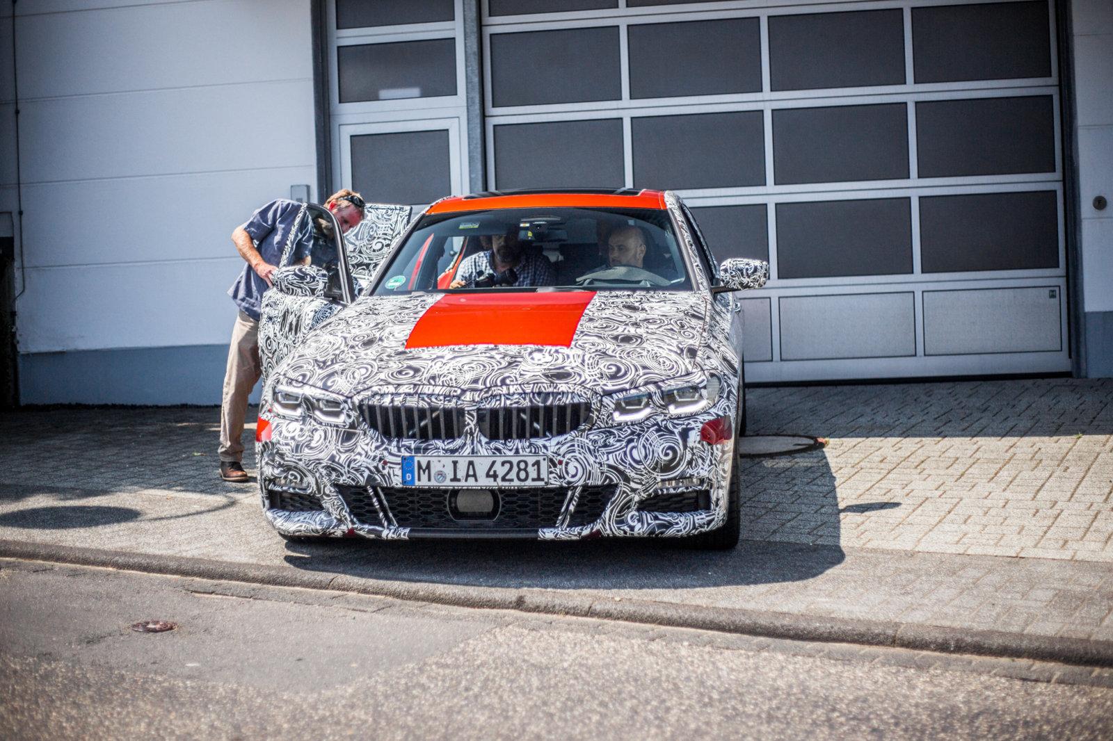 2019 BMW G20 interior shots | BMW - SpoolStreet