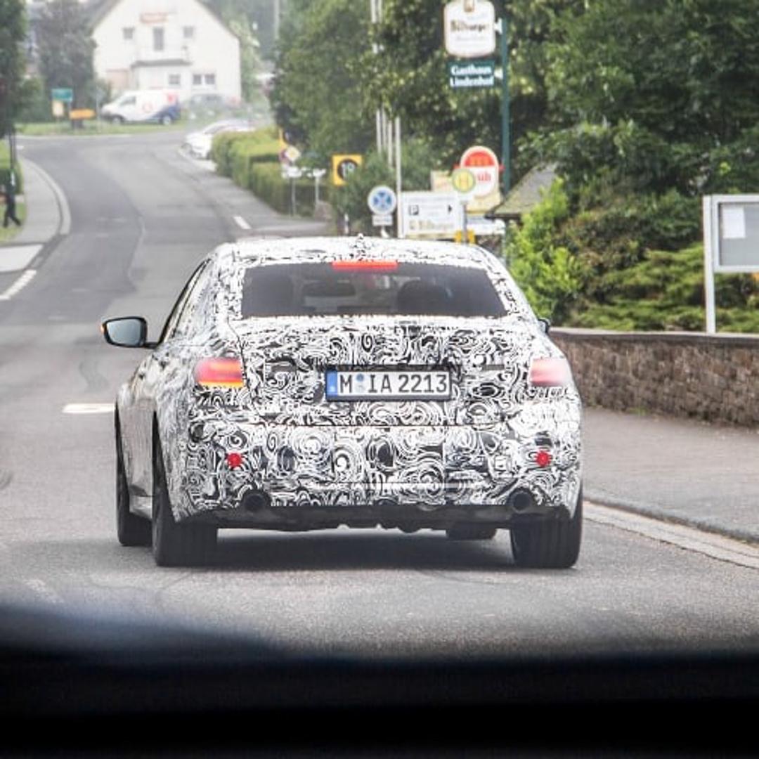 G20-BMW-3-Series-Spy-Photos-7.jpg