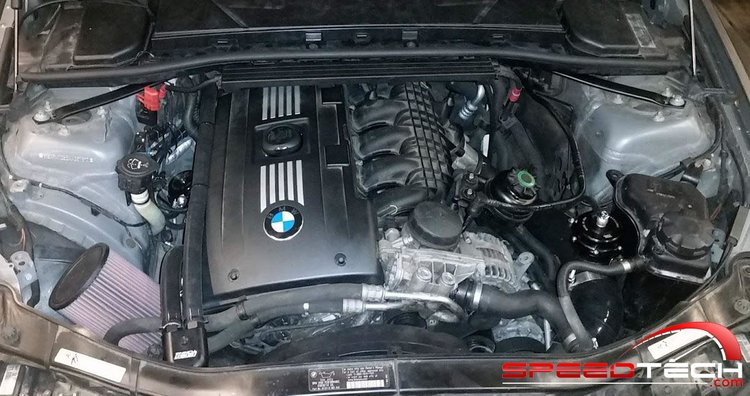 N54_EngineBay+copy.jpg